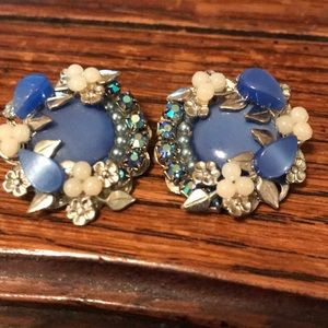 VTG blue thermoset & rhinestone clip on earrings